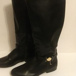 Tommy Hilfiger Sleek Black Boots